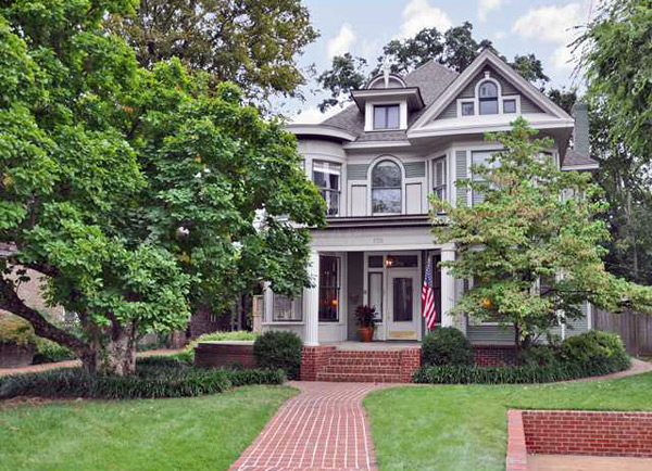 Historic and beautiful memphis homes for Glenwood house
